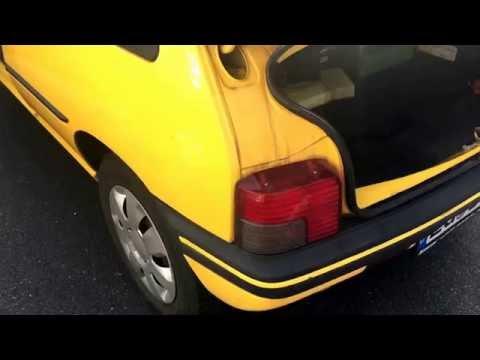 PKW Bremslicht wechseln Blinker ersetzen Autolicht austauschen Birne Licht Peugeot 205 Anleitung