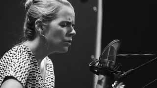 Aoife O'Donovan - Magic Hour (Acoustic at Brooklyn Recording)