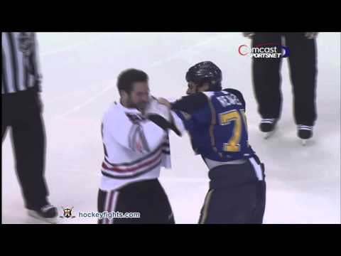 Brandon Bollig vs Ryan Reaves