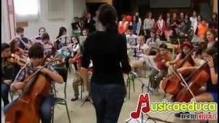 Ensayando Danza chelística - Ana Barrilero