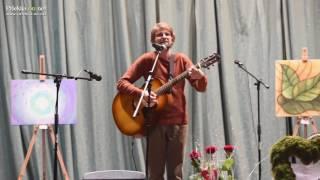 Tadej Vesenjak na dobrodelnem koncertu za Žana