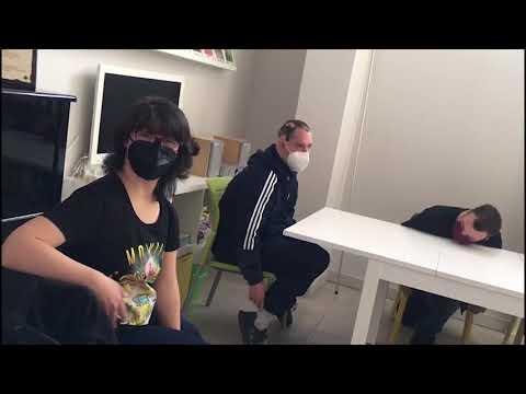 Veure vídeoEntrevista a Motxila 21