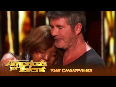 Kechi: Miracle Girl Gets Simon Cowell's Most EMOTIONAL Golden Buzzer! | AGT Champions (видео)