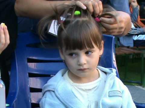 Перша зачіска Зореслави
