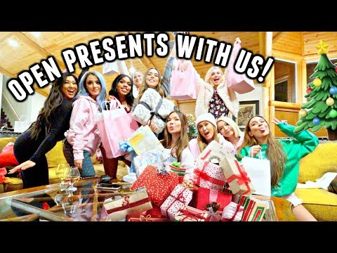 OPENING SECRET SANTA GIFTS!🎁 Early Christmas Presents! | Vlogmas Day 10