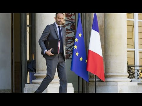 العرب اليوم - شاهد: رئيس الوزراء الفرنسي يكشف موعد دخول اقتطاع ضريبة الدخل حيز التنفيذ