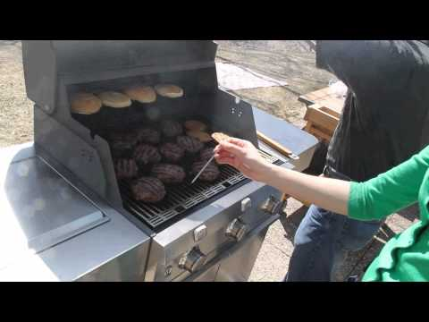 We Tried It – Saber Infrared Gas Grill