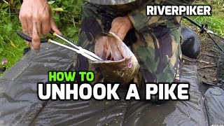 How to unhook a pike - tutorial