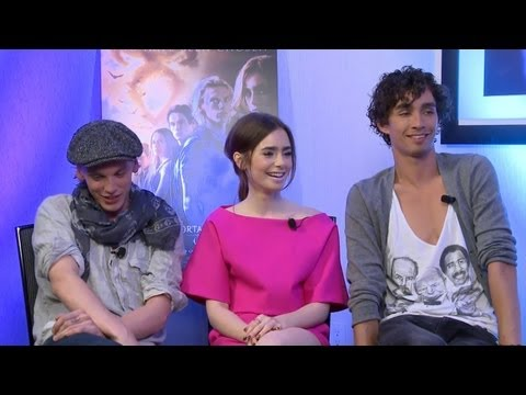Jamie Campbell Bower, Lily Collins and Robert Sheehan - The Mortal Instruments: City of Bones