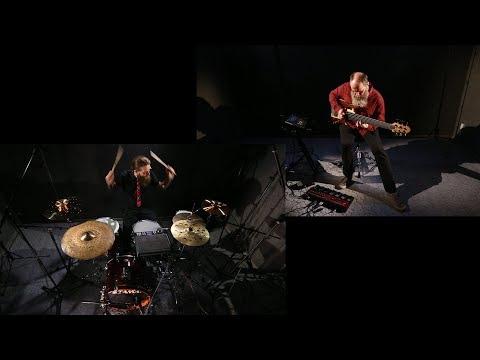 Инна Желанная - Павлин / Сергей Калачёв - бас / Дмитрий Фролов - барабаны