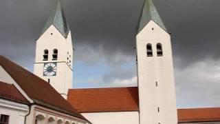 preview picture of video 'FREISING (FS), Domkirche St. Maria und St. Korbinian - Vollgeläute (mit Einläutevorgang)'