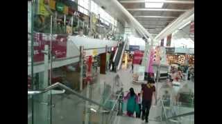 preview picture of video 'To Delhi Domestic Airport, India.Quick and Easy way to reach from New Delhi Railway Station'