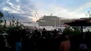 Die besten 100 Videos Kreuzfahrtschiff spielt Seven Nation Army - Cruise Ship playing Seven Nation Army