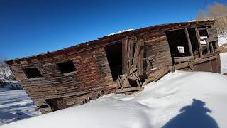 Colapsing mining shack
