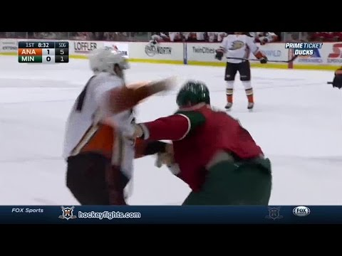 Keith Ballard vs. Nate Thompson