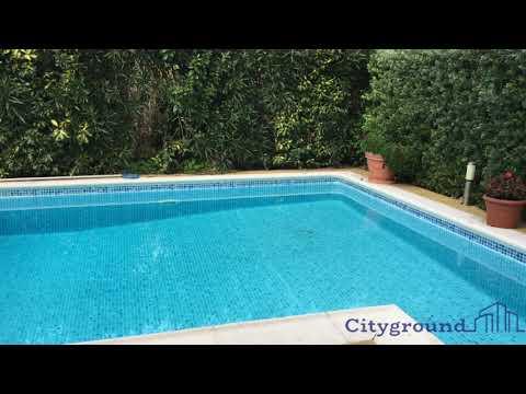 Moradia com piscina no Bom Sucesso