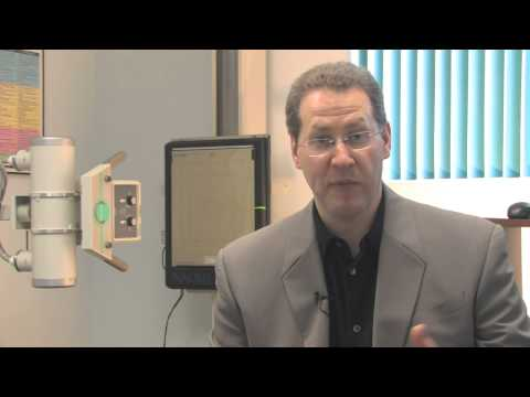 Was sind die Symptome einer degenerativen Bandscheibenerkrankungen der Wirbelsäule und wie sie behan