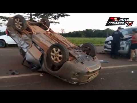 Acidente entre dois veículos deixa uma vitima gravemente ferida BR