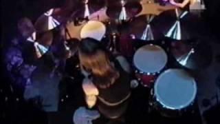 AC/DC - You Shook Me All Night Long live at VH1 studios