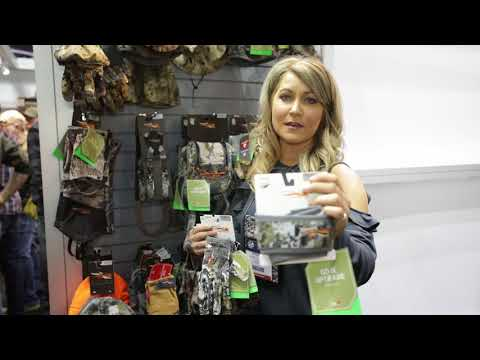 Sitka Women's Hunting Accessories (Hat Gloves etc.) Review – 2018 ATA Show