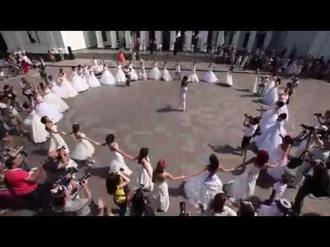 , title : 'САМОЕ ЛУЧШЕЕ КРУТОЕ и НЕОЖИДАННОЕ ПРЕДЛОЖЕНИЕ РУКИ и СЕРДЦА!!! ОДЕССА! Best Wedding Proposal'