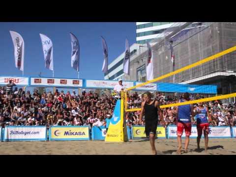 Premiären av Swedish Beach Tour 2014 spelades på Rådhustorget i Umeå. Spännande matcher, bra väder och en fullsatt arena bidrog till en härlig stämning med högt underhållningsvärde.