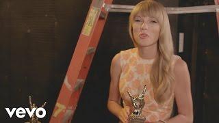 Taylor Swift - #VevoCertified, Pt. 1: Award Presentation