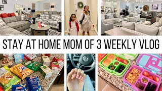 WEEKLY VLOG// COUCH SHOPPING, ERRANDS & #MOMLIFE :)