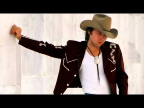 Dwight Yoakam - Close Up The Honky Tonks in HD