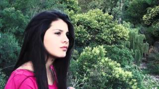 Giuli video de Selena Gomez