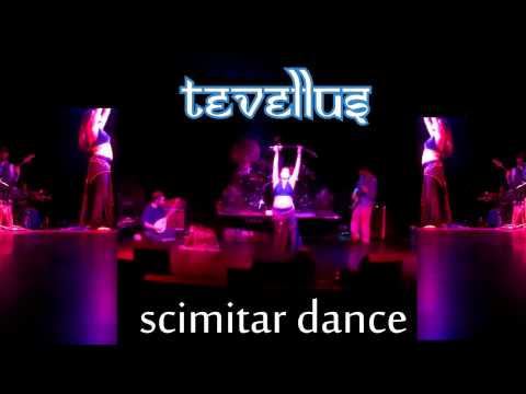 Tevellus scimitar dance live @ fete May 4, 2012.MP4