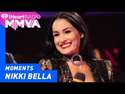 Nikki Bella Gets the Party Started with Tyrone | 2017 iHeartRadio MMVAs