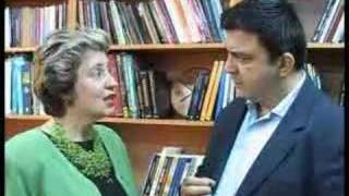 Να και η διαπρεπής Ελληνίδα μπουρδολόγος κ. Κούκουρα. (από Cunning Linguist, 05/06/08)