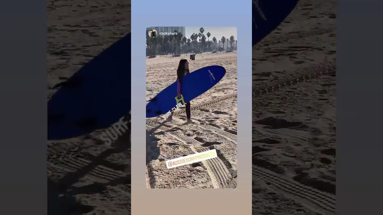Happy Surf Claw Customer