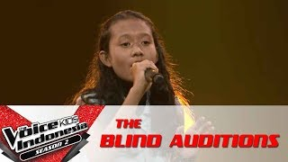 """Efah """"You Oughta Know""""   The Blind Auditions   The Voice Kids Indonesia Season 2 GlobalTV 2017"""
