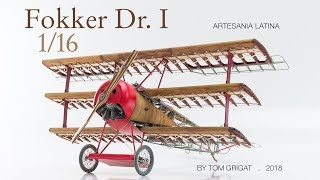 """Red Baron's famous triplane """"Fokker Dr. I"""": 750 pieces in motion..."""