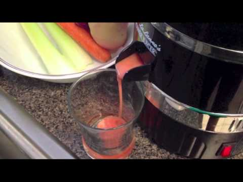 Centrifugal Juicer vs. Cold Press Juicer