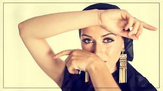 Смотреть онлайн Как сделать восточный макияж для карих и зеленых глаз