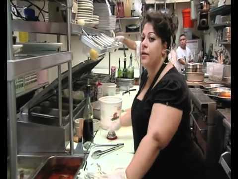 Gordon back at Vincenzo's for dinner service mp3