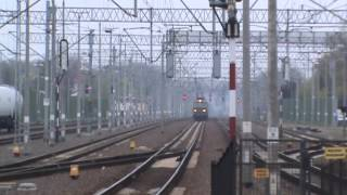 preview picture of video 'BRZEG dworzec PKP - Trzy pociągi towarowe i jeden kibelek EN57'