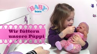 Hannahs BABY born Püppi wird mit echter Puppen-Nahrung gefüttert | Zapf Creation