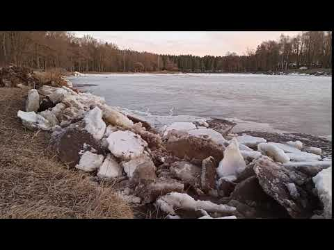 Ice walking along the main Valmiera