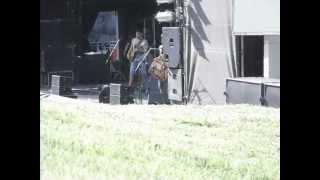 DIVIDIDOS - HACIENDO COLA PARA NACER - PRUEBA DE SONIDO, ROSARIO 9/3/2013