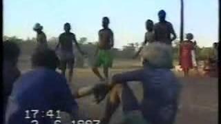 Mamurrung ceremony from Maningrida at tanks camp Ramingining