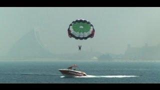 رياضات بحرية مذهلة على شواطئ الإمارات