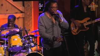 "Bernard Fowler - ""Shake It"" - 9.30.15 at Daryl's House Club"