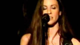 Alanis Morissette - A man (Live at Akasaka - Japan)