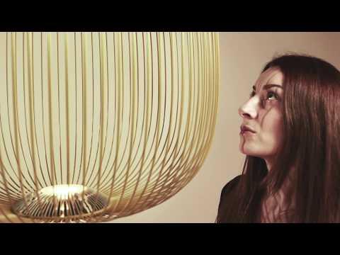 Garcia Jimenez und Cinzia Cumini über die Spokes Leuchte
