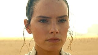 What Rey's New Lightsaber Really Means