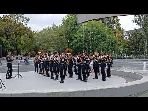 Hudba Ministerstva vnútra SR hrá New York, New York